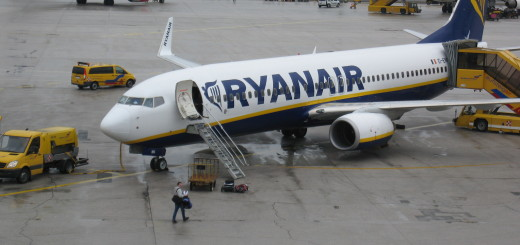 ryanair, ryanair salzburg, zračna luka salzburg, avion, zrakoplov