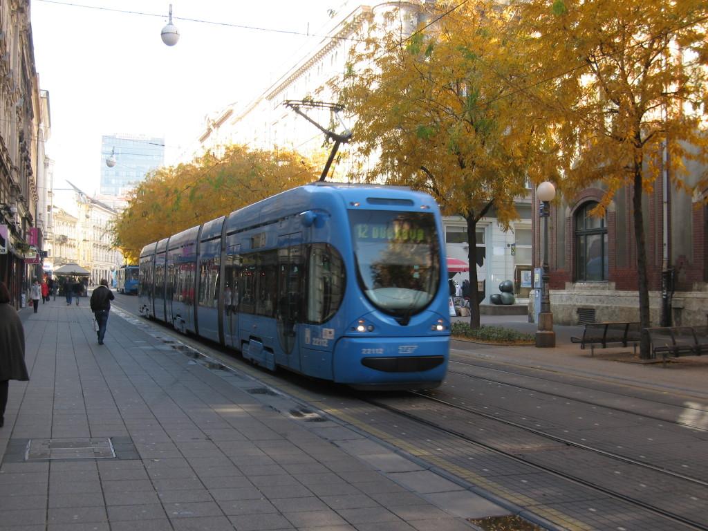 jurišićeva, zagreb, tramvaj, dvanaestica