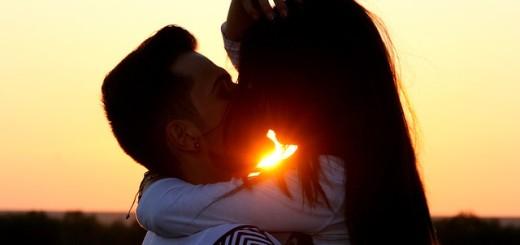 ljubav, poljubac, zagrljaj, mladić i djevojka