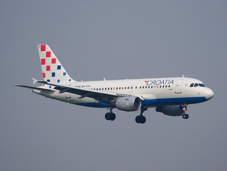croatia airlines, zrakoplov