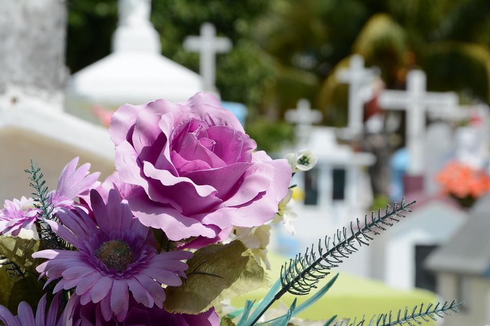 groblje, križ
