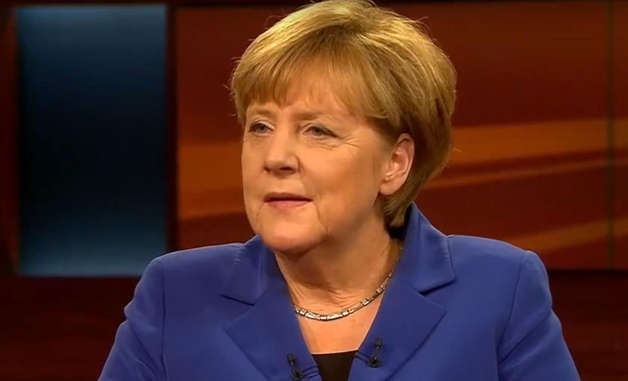 MIŠLJENJE ANALITIČARA: Njemačkoj kancelarki Merkel trese se fotelja zbog izbjegličke krize