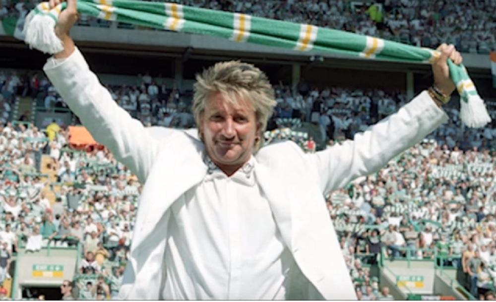 ZALJUBLJEN U NOGOMET: Slavni Rod Stewart gradi nogometni teren