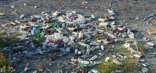 smeće, boce u noru