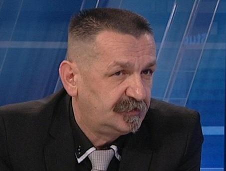 """NADMUDRIVANJE: Zašto bi HSP AS ukinuo """"fotelju"""" ministra branitelja?"""