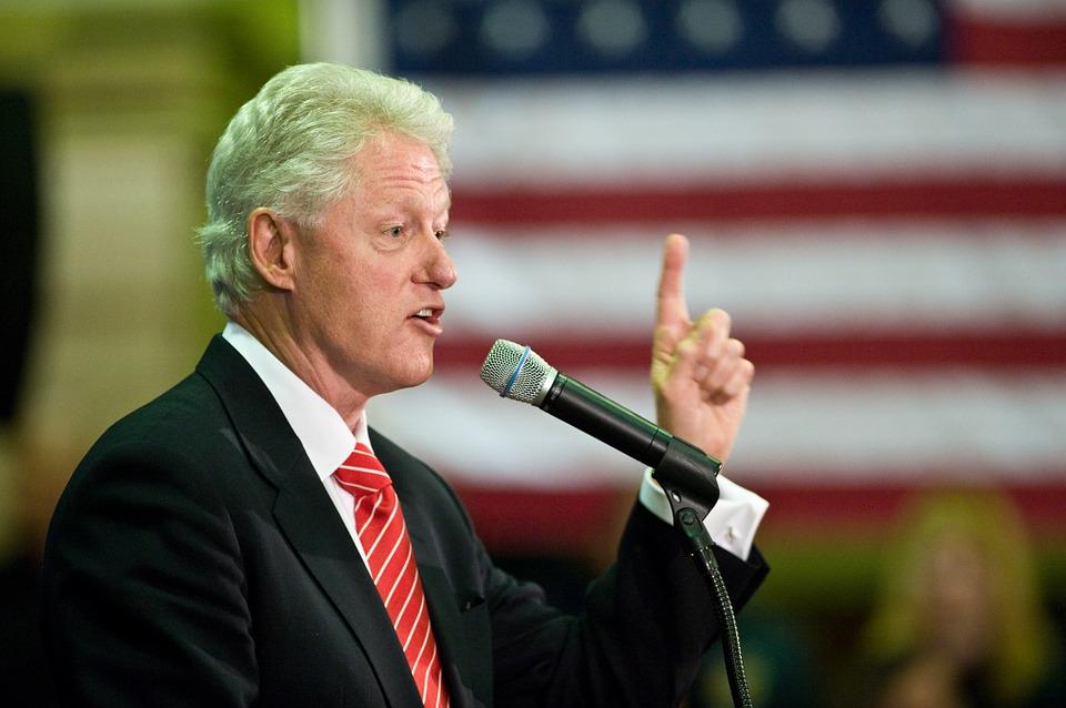 VIDEO: NEOBIČNA PODRŠKA SUPRUZI - Bill Clinton - Volio bih da se Hillary i ja nismo nikad vjenčali