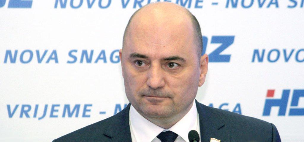 """O USTAŠKOJ KAPI: Odredi aktivista tragaju za """"ustašama"""", """"nacistima"""" i """"fašistima"""" - kaže Brkić"""