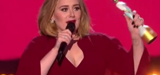 VIDEO: TRI KIPIĆA - Adele je slavila i podržala Keshu, koju je producent seksualno zlostavljao