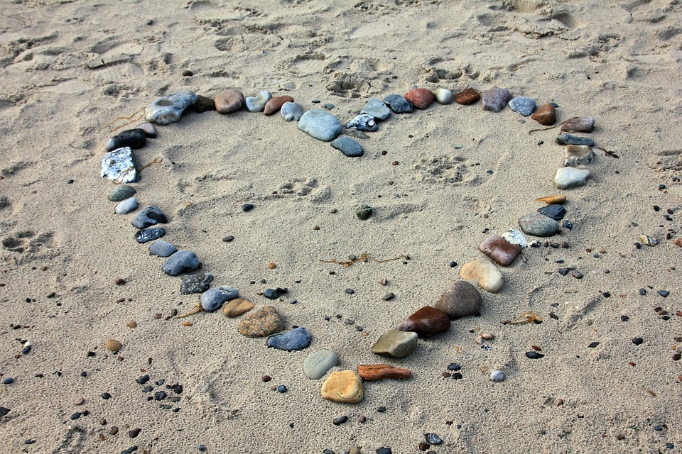 PROTIV VALENTINOVA: Dan zaljubljenih ponegdje i brane - pogledajte