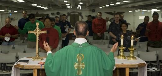 svećenik, katolički svećenik