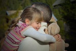 zagrljaj, djevojčica, otac
