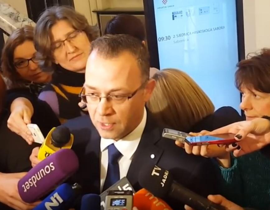 MINISTRA DOČEKALO STRAŠILO: Hasanbegović - Ovo saslušanje je presedan, nećemo podupirati neprofitne medije 2