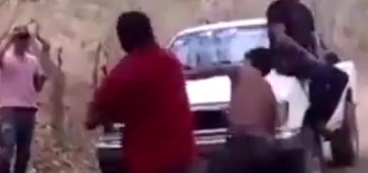 """VIDEO: UZNEMIRUJUĆE - Članovi bande tuku se po """"receptu"""" život ili smrt"""