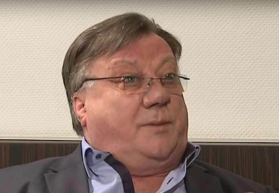 LEGENDA NA OPERACIJI: Halid Bešlić operiran je u Münchenu