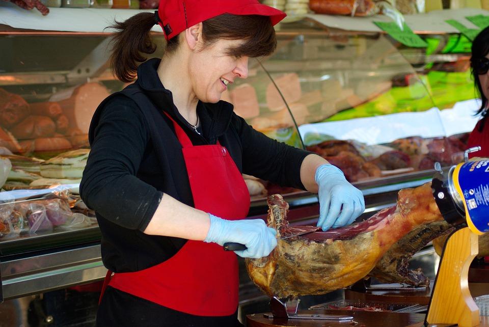 TOP LISTA UVOZA: Zašto Hrvatska kupuje vani najviše mesa, kruha i mliječnih proizvoda?! 2