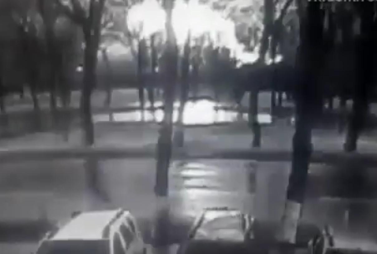 VIDEO: TRENUTAK PADA ZRAKOPLOVA - Svi poginuli, 55 putnika i sedam članova posade