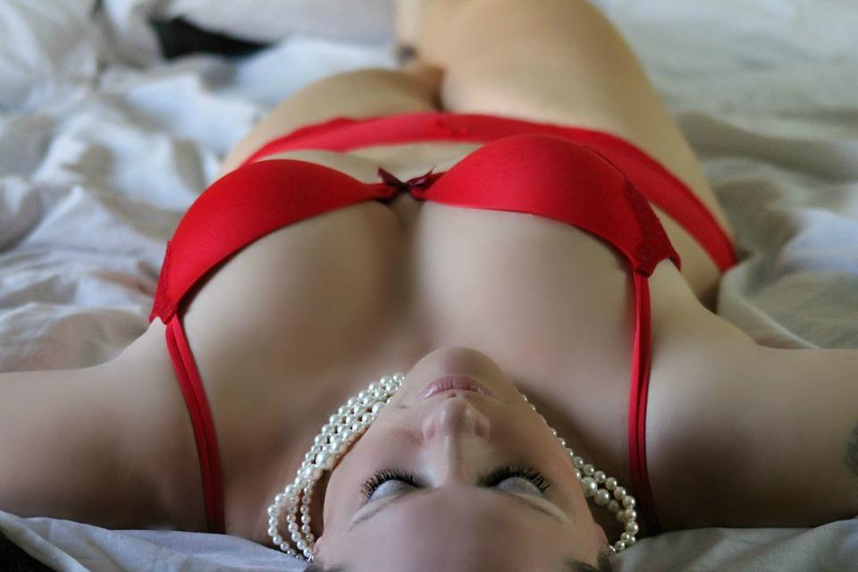 NOVA MODA: Zbog čega su žene navalile na orgazmičku meditaciju