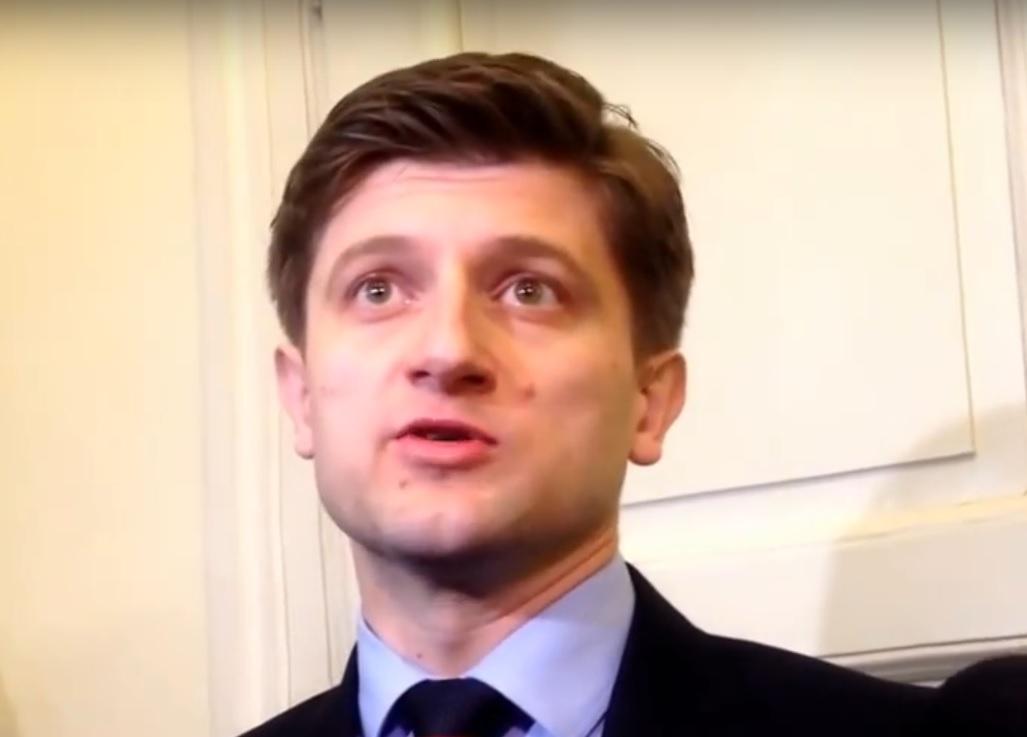 NIJE DOBRO: Ministar Marić najavljuje otkaze u javnoj upravi, masu plaća vidi kao problem