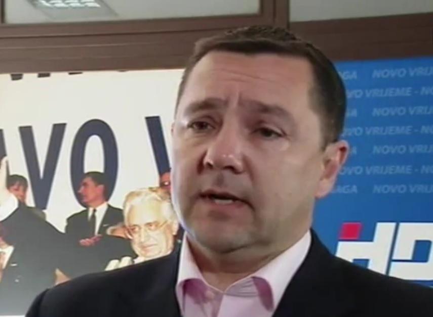 MIKULIĆ PORUČIO SDP-U: Tko upire prstom? Imali ste pravomoćno osuđenog gradonačelnika, pa županica Merzel...