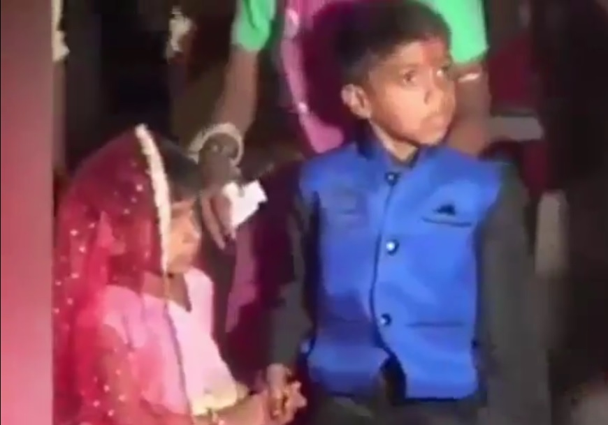 VIDEO: OD OVOG PODILAZI JEZA - Djeca plaču i ridaju dok ih roditelji guraju u ugovorene brakove