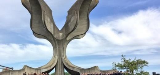 JOŠ JEDNA KOMEMORACIJA: Milanović, civilni sektor i Antifašisti danas u Jasenovcu