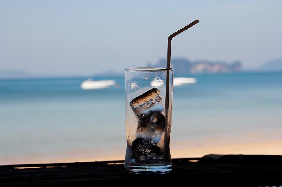 ALARMANTNO: Dolaze topli dani - svaka četvrta kockica leda nije zdrava!