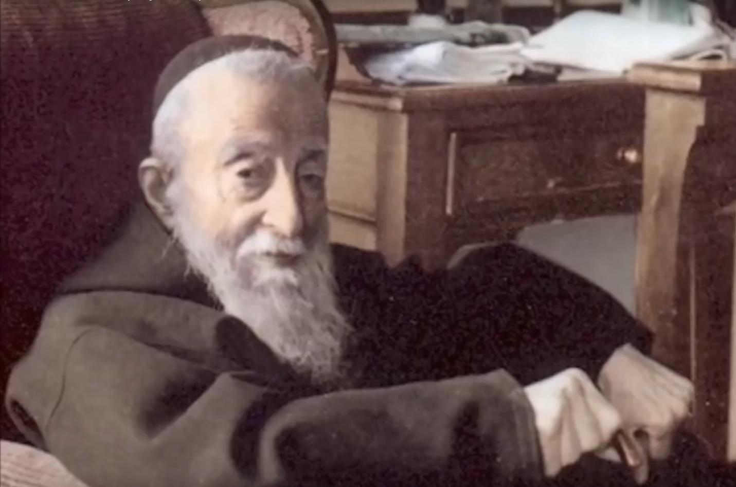 VIDEO: OPET U HRVATSKOJ - Vjernici strpljivo čekali da bi dotaknuli lijes svetog Leopolda Mandića