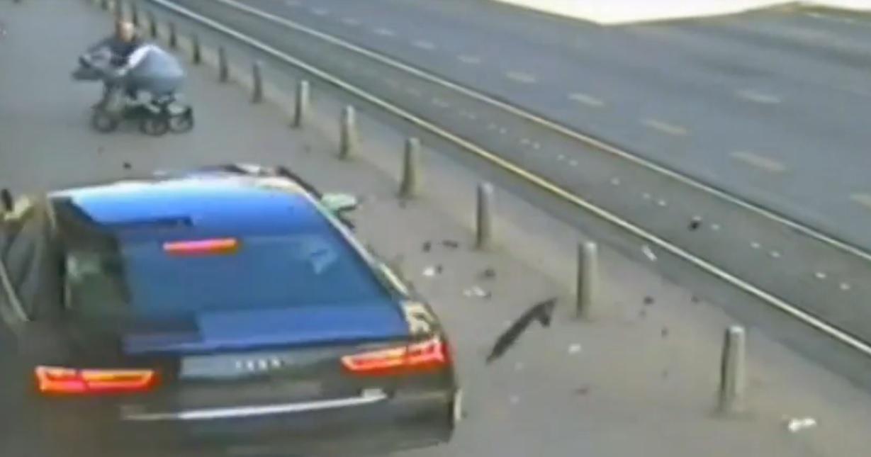 VIDEO: TO JE OTAC - Pogledajte super reakciju čovjeka koji je u naletu divljaka spasio bebu
