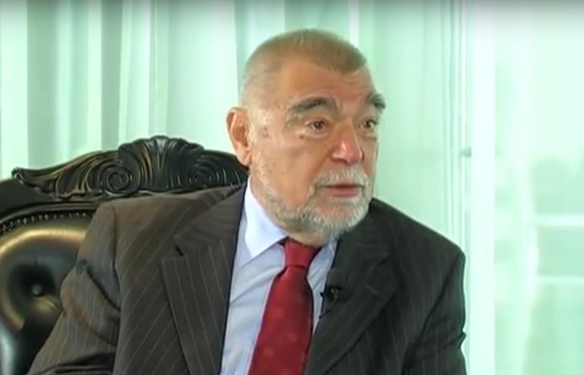 UKINULI MU URED: Što je, nakon što je ostao bez ureda, vozača i auta, rekao Stjepan Mesić?