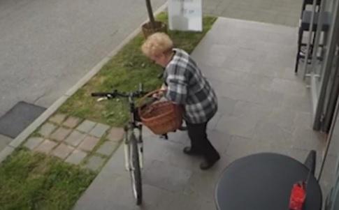 VIDEO: TETA MAJSTORICA - Dok je pio kavu u zagrebačkoj Sloboštini - ostao bez bicikla