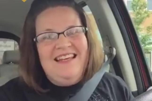 VIDEO: SMIJEH KAO ZARAZA - Stotinu se milijuna ljudi smijalo ovoj ženi, zašto ne biste i vi?!