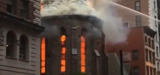 VIDEO: IZGORJELA DO TEMELJA - Požar progutao pravoslavnu crkvu Svetog Save u New Yorku