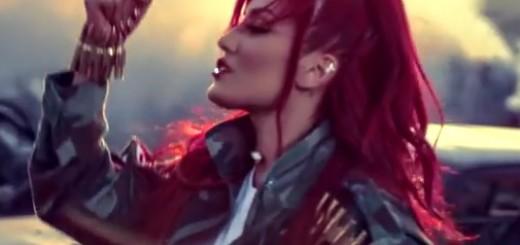 """VIDEO: NA CRNOJ LISTI ISIL-A - Pjesmom """"Revolucija"""" pjevačica slavi borbu Kurda protiv islamista"""
