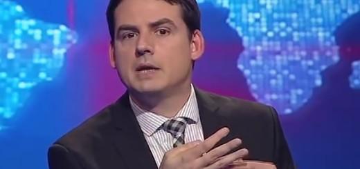 VIDEO: SMIJEH KAO LIJEK - Pogledajte kako sočno komičar Kesić ismijava Milorada Dodika