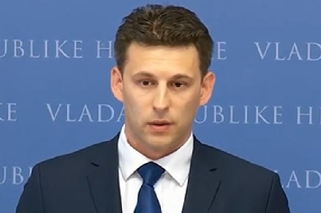 BOŽO PETROV: Ako HDZ daje priliku da Orešković ostaje premijer, mogu i dati ostavku