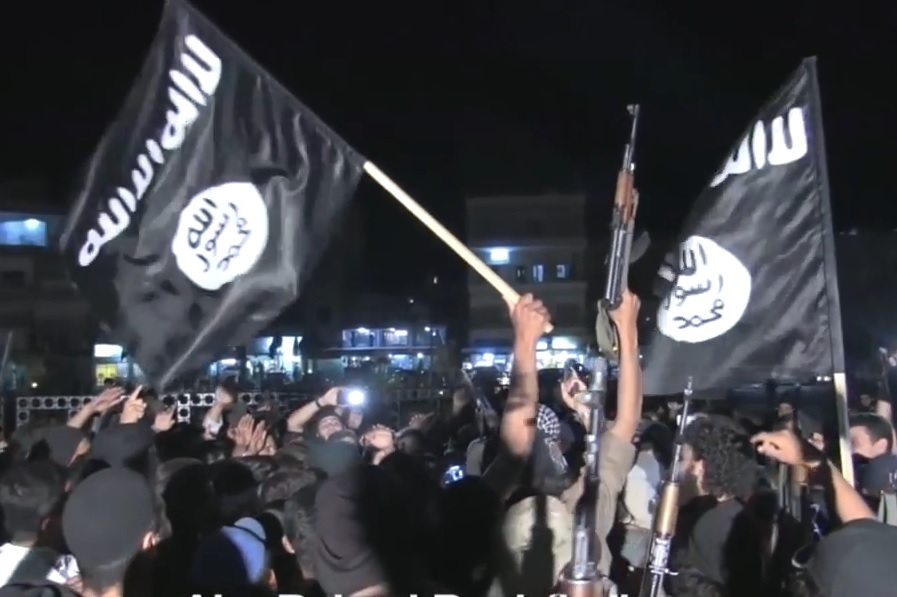 DOLAZE ČAMCIMA: Teroristi ISIL-a na putu prema Europi - prijete Belgiji i Francuskoj