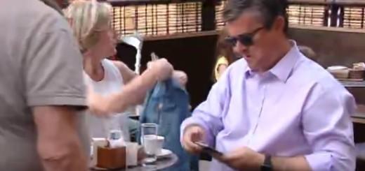Premijer s obitelji na kavi u jednom zagrebačkom kafiću (Foto: Screenshot: HRT)