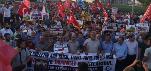 VIDEO: PROSVJED PRED VOJNOM BAZOM - Turci ispred Incirlika, baze NATO-a i SAD-a
