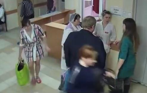 VIDEO: OTMICA - Studentica medicine pokušala iz bolnice odnijeti malu Marinu u zelenoj torbi