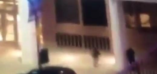 VIDEO: UZNEMIRUJUĆE - Prišao policajcu s leđa i ubio ga iz neposredne blizine