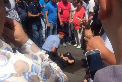 VIDEO: NAPAD NA POLICIJU - U Kazahstanu četiri mrtva i nekoliko ranjenih
