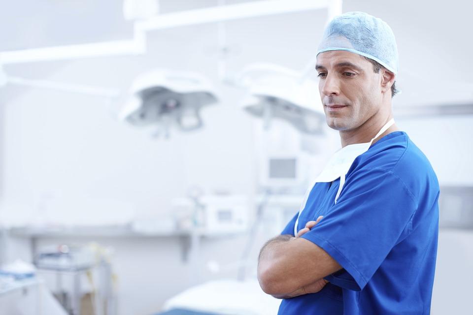 I LIJEČNIKE TUKU: Napadač slomio čeljust liječniku u Zadru - medicinari nezaštićeni