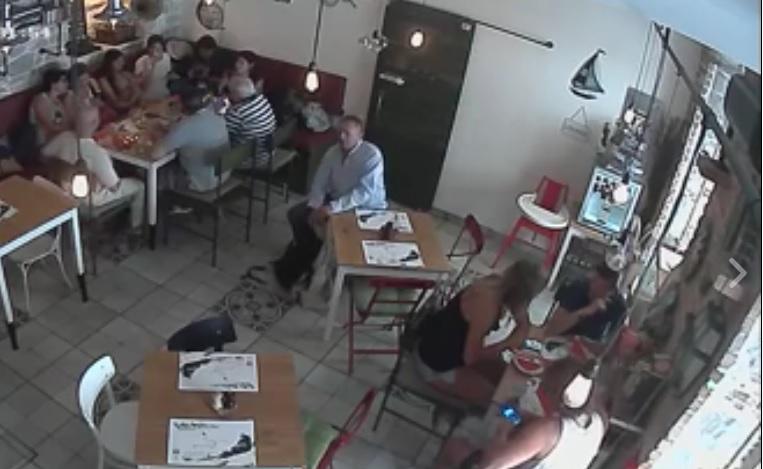 VIDEO: PREPOZNAJETE LI GA? - Pogledajte kako je drsko ukrao ruksak u splitskom restoranu