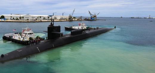 ZA VRIJEME VJEŽBI: Nuklearna podmornica sudarila se s trgovačkim brodom