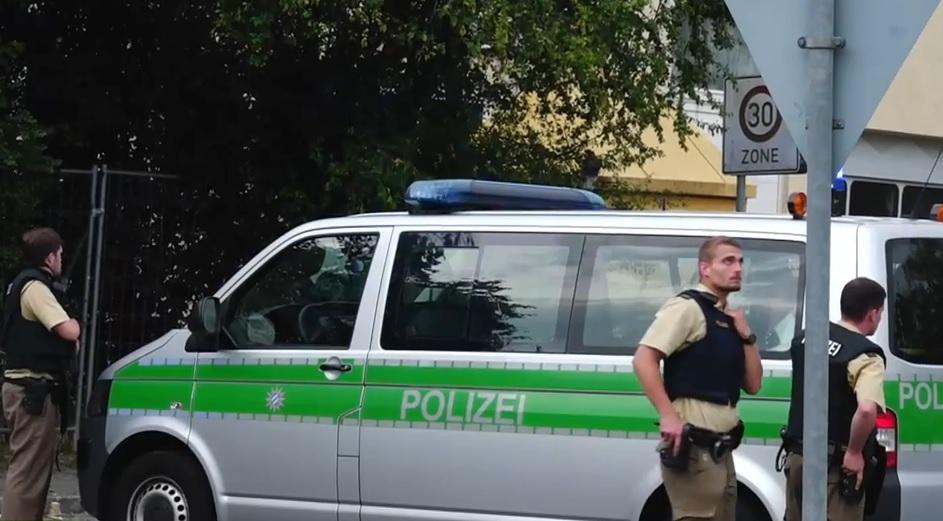 VIDEO: POKOLJ U MÜNCHENU - Počinitelj je Iranac (18) - ubio devet ljudi i sebe 1