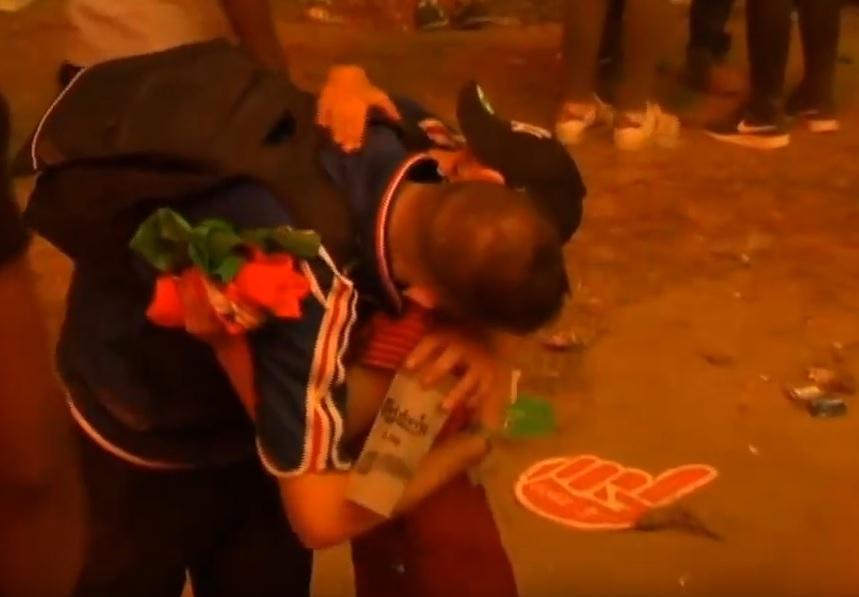 VIDEO: ZAGRLJAJ ZA POVIJEST - Sport i ljubav iznad svega - mali Portugalac tješi navijača Francuske