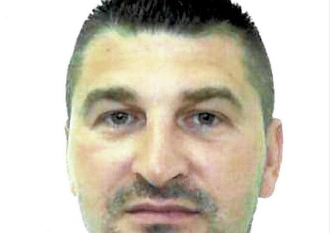 POLICIJA U POTRAZI: On je iskočio iz policijskog vozila i pobjegao u Požegi
