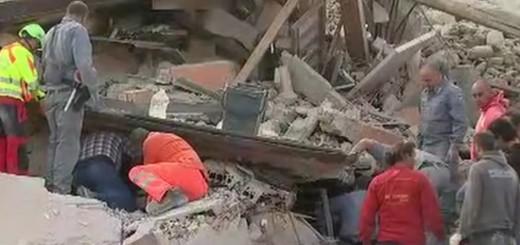 VIDEO: UŽAS POTRESA - Najmanje 247 poginulih - više od 350 ozlijeđenih