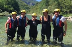 Predsjednica s prijateljima na raftingu (Foto: Facebook)