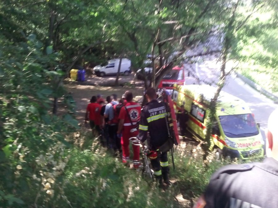 PENJAČKA NESREĆA: Pao sa stijene na Krku - partnerica se požrtvovno bacila pod njega i spasila ga